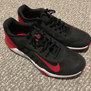 Men's Nike 10.5 running shoe- never worn